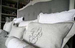 Les Ateliers du Lac -  - Rectangular Cushion