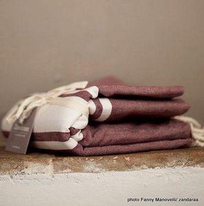 Zandaraa - fouta plate aubergine - Fouta Hammam Towel