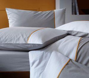 BLANC CERISE - delicieuse griotte - Pillowcase