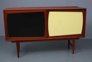 GALERIE REINOLD -  - Sideboard With Pull Out Shelf