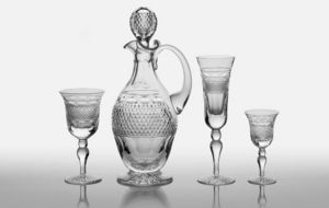 CUMBRIA CRYSTAL -  - Carafe