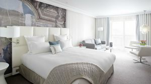 Agence Nuel / Ocre Bleu - cures marines - Ideas: Hotel Rooms