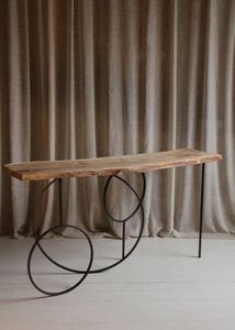 VIPS AND FRIENDS - eclipse-- - Console Table