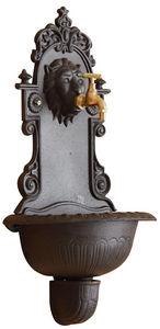 Aubry-Gaspard - fontaine murale lion en fonte - Wall Fountain