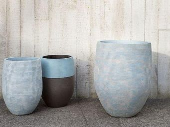 Atelier Vierkant -  - Flower Container