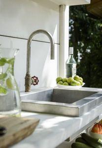 WWOO -  - Kitchen Sink