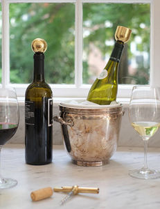 GREGORY BUNTAIN Fort Standard -  - Decorative Bottle Stopper