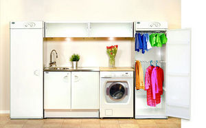 Laundry drying cabinet