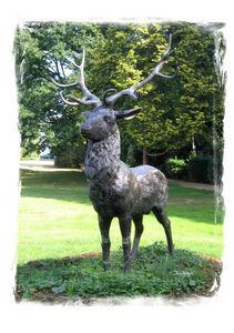 Esprit Antique - cerf - Animal Sculpture