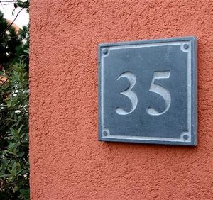 La Pierre - style 3 - House Number