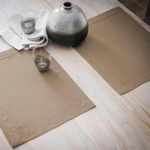 BLANC CERISE -  - Place Mat
