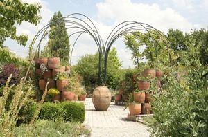 Larbaletier -  - Garden Arch