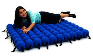 ANIMI CAUSA - junior - Floor Cushion