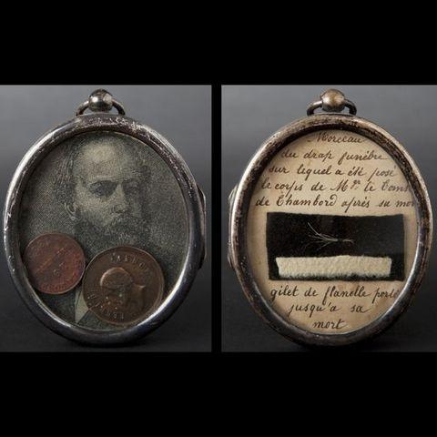 Expertissim - Miniature portrait-Expertissim-Buste du comte de Chambord en cristal et cadre rel