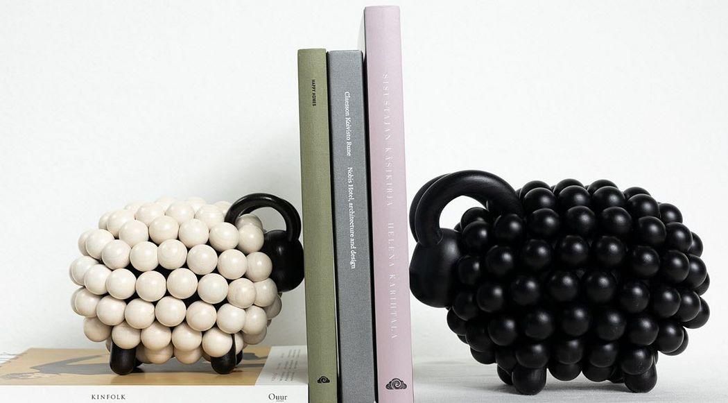 Aarikka Buchstütze Verschiedene Ziergegenstände Dekorative Gegenstände  |