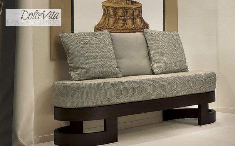 DOLCE VITA LIFESTYLE Gepolsterte Bank Sitzbänke Sitze & Sofas Eingang | Design Modern