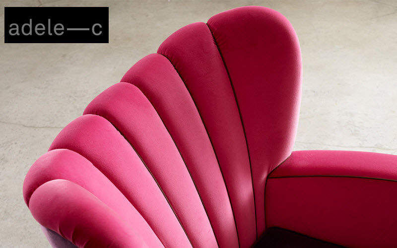 Adele C. Ohrensessel Sessel Sitze & Sofas  |