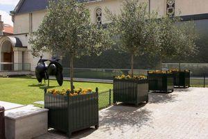 Larbaletier Orangerie-Pflanzkübel