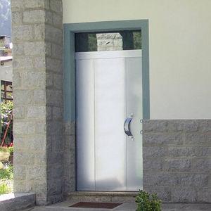 Verstärkte Tür