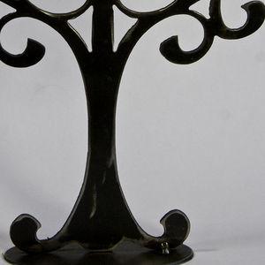 YAN HUBLOT - arbre à bijou en métal symétrique - Schmuckständer