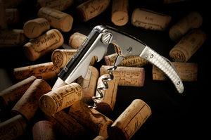 LAGUIOLE CLAUDE DOZORME -  - Sommelier Messer