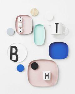 DESIGN LETTERS -  - Tablett