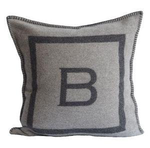 BALMUIR - b-logo cushion cover - Kissen Quadratisch