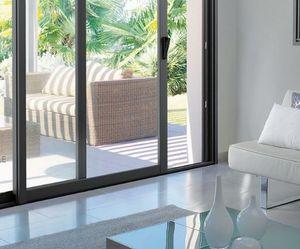 BREMAUD - visea pvc et bois - Schiebeglasfensterfront