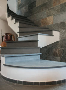 ARTECTA by International Slate Company -  - Zweimal Viertelgewendelte Treppe