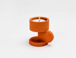 TOMAS KRAL - stem - Kerzenständer