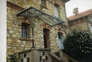 La Forge  de La Maison Dieu - caran - Eingangsvordach