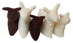 Bombdesign - sheep pillow - Reisekopfkissen