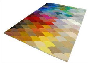 PIODAO - pixel - Moderner Teppich