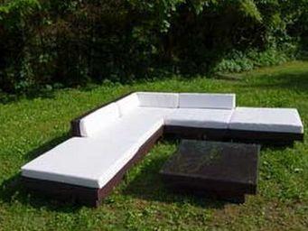 UsiRama.com - fly meuble salon en résine tressée marron - Gartensofa