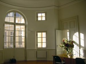 Ateliers Perrault Freres -  - Fenstertür, Drei Oder Vierflügelig