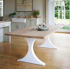 Tom Faulkner -  - Kûche Tisch