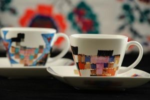 WAGNER PORCELAIN & JEWELLERY -  - Teetasse