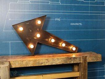 COMPAGNIE DES AMPOULES A FILAMENT - signe lumineux flçche - Leuchtobjekt