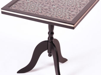 RELOADED DESIGN - mini table stylized flowers - small - Beistelltisch