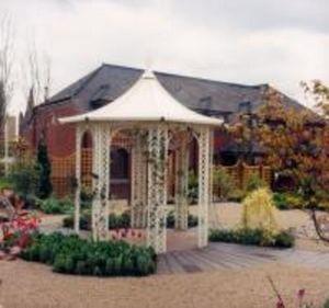 Ollerton -  - Pavillon