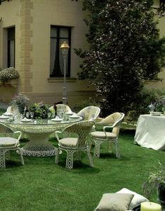 DURCAP -  - Garten Esszimmer