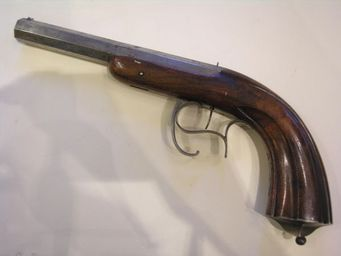 Aux Armes d'Antan - rare pistolet devisme à percussion interne - Pistole Und Revolver