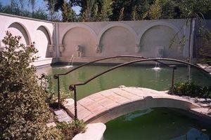 Lucien Fevriero - en roche d'espeil - Garten Brücke