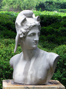 BARBARA ISRAEL GARDEN ANTIQUES - marble bust of perseus - Statue