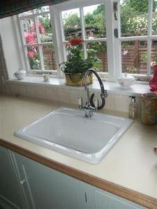 Solomons Seal Kkm - smaller kitchens - Einbauküche