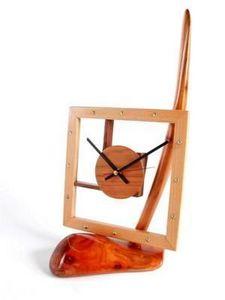 Au Fil Du Bois - pendule sur pied plume (petite) - Portico Uhr