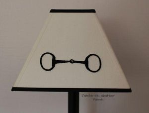 L'ATELIER DES ABAT-JOUR - pyramide carrée - Viereckiger Lampenschirm