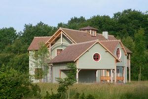 Darblay & Wood - lodge 6  - Geschossiges Haus