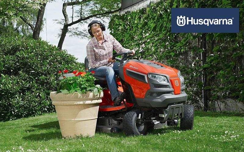 Husqvarna Tractor cortacésped Cortadora de césped Jardín Diverso  |