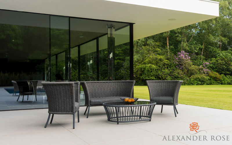 Jard n mobiliario decofinder for Mobiliario de jardin alcampo